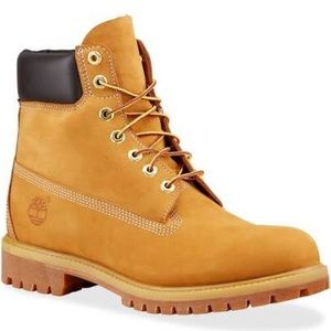 NEW Women's Size 7 Timberland Boots